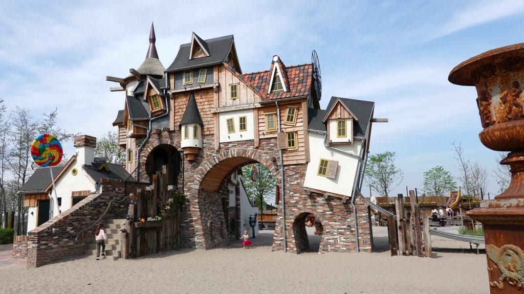 A fairytale house, rooms plonked everywhere